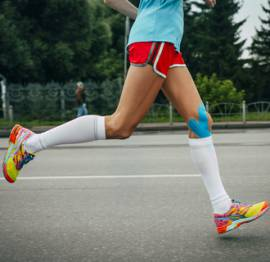 Kinesiology Tape on Runners Knee